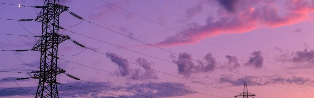 câbles électriques de la ville