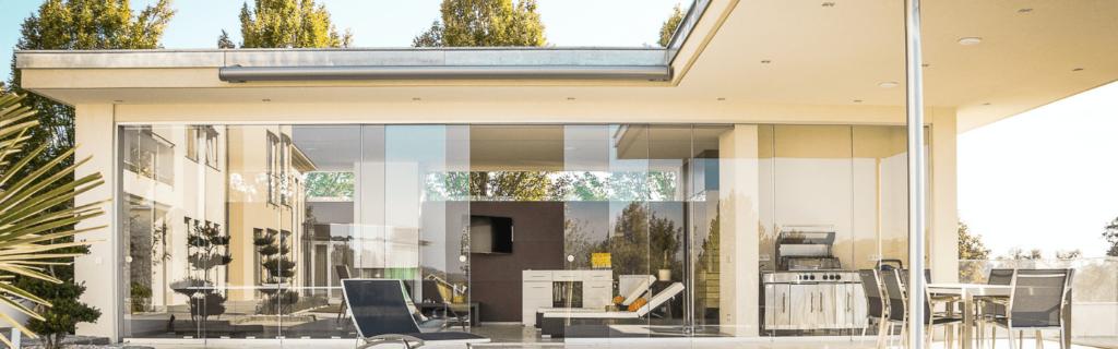 extérieur maison intelligente moderne